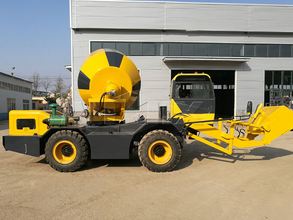 3m³ self loading concrete mixer