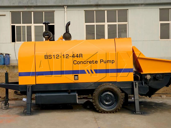 <strong>BS12 small size concrete pump</strong>