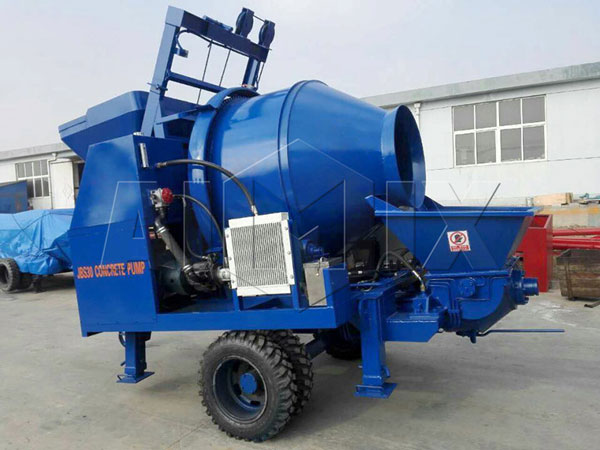 Small electric concrete mixer with pump