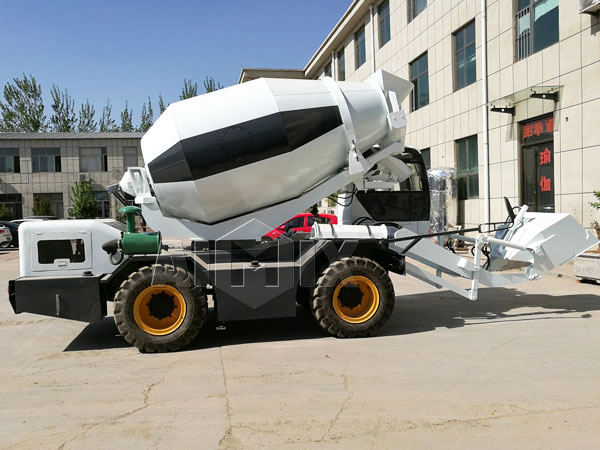 4cub self loading concrete mixer truck