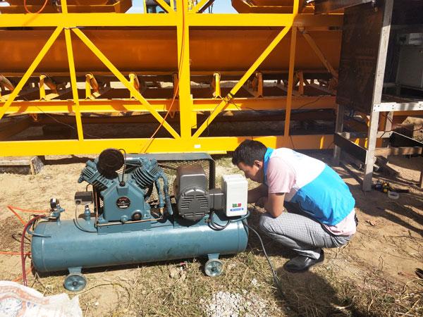 test run of diesel concrete mixer pump