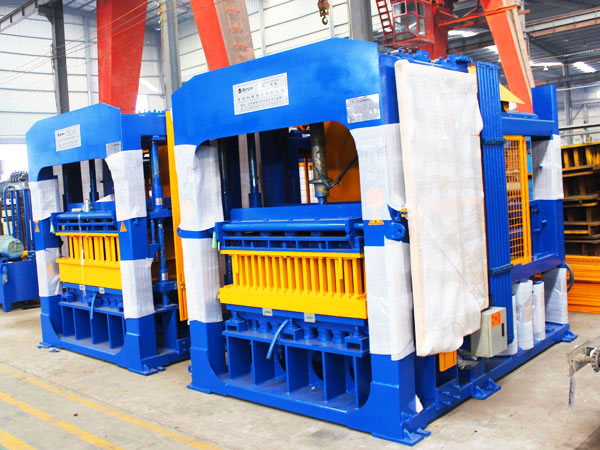 ABM-10S cement brick manufacturing machine