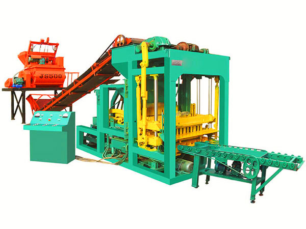 QT8-15 cement bricks machine