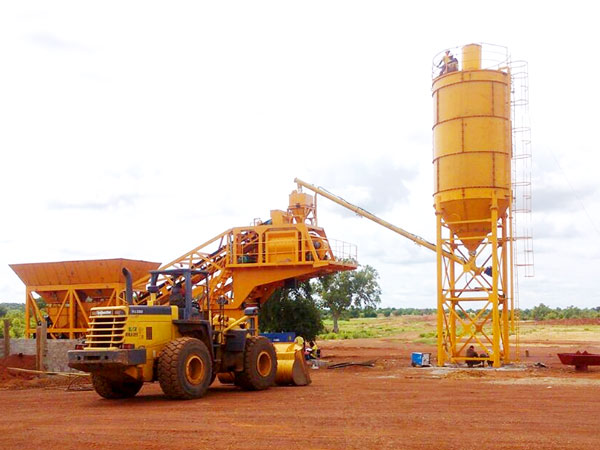 YHZS25 mobile concrete mixing plant for sale