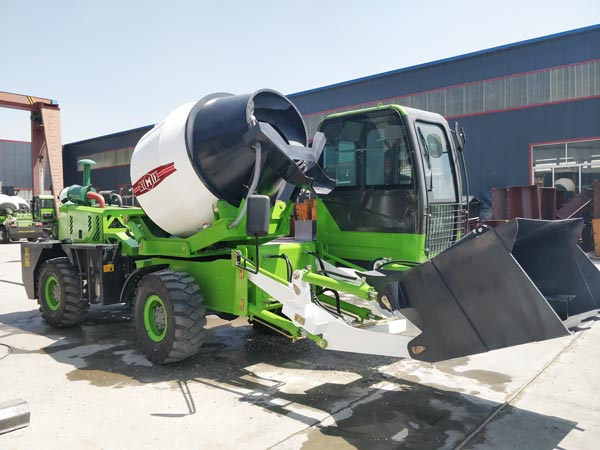 1.8 cub self loading concrete mixer truck