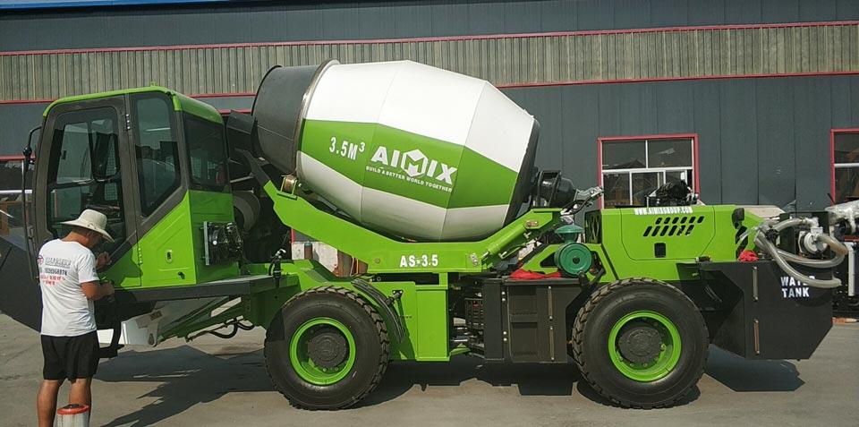 3.5m3 self loading concrete mixer Malaysia