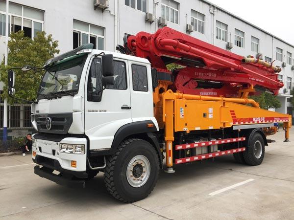 44m boom pump truck