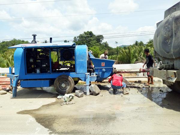 máquina de bomba estacionária para ponte