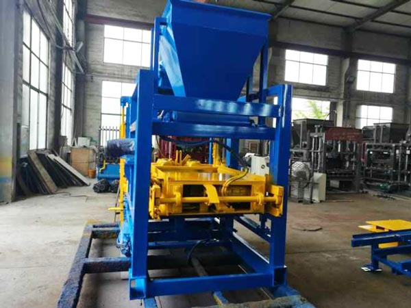 ABM-4SE block making machine