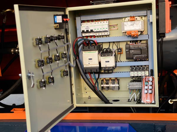 sistema de controle elétrico