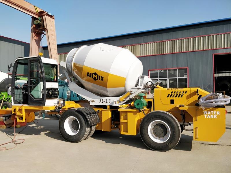 AS-3.5 self loading mixer