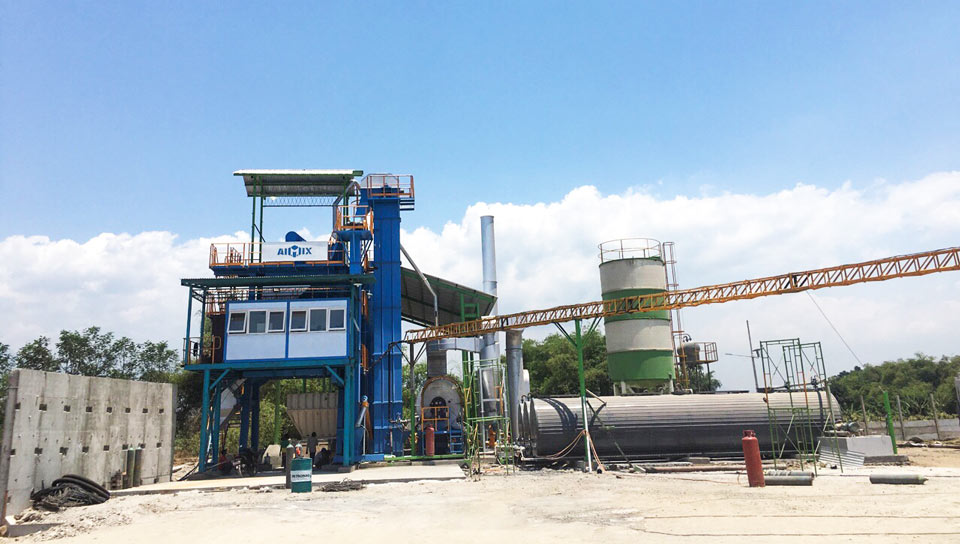 Indonesia asphalt mixing plant