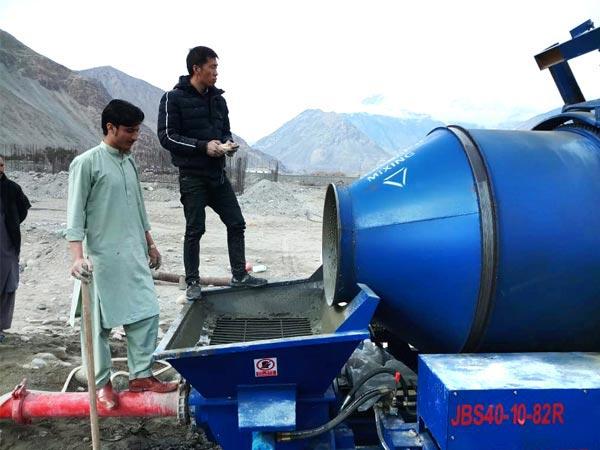 mixer pump work site