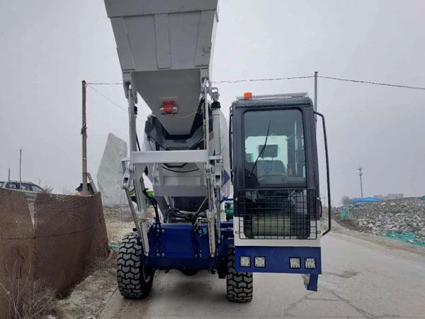 3.5 ic meter self loading mixer