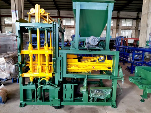ABM-4S automatic brick machine