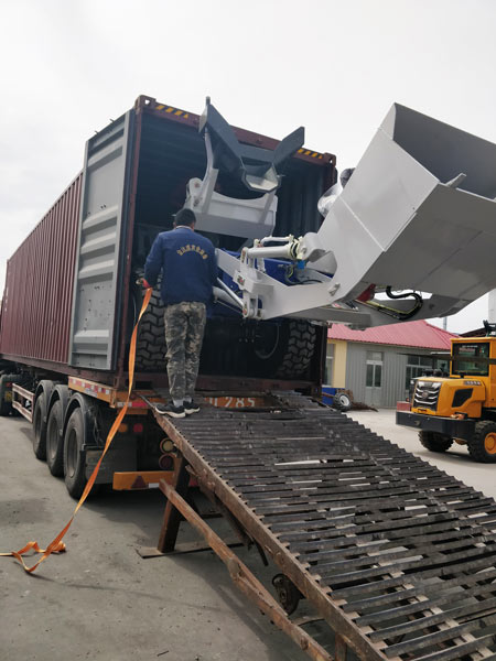 delivery of self loading mixer