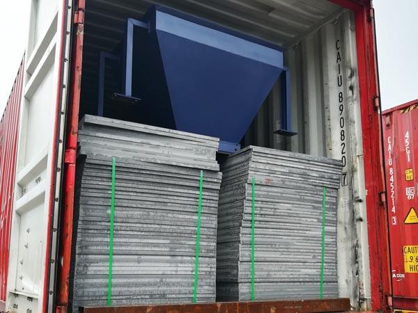 pallets of interlocking block machine