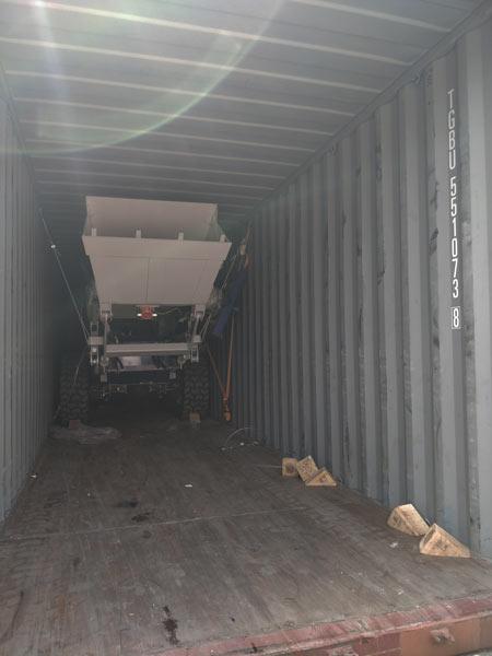 self loading mixer shipment