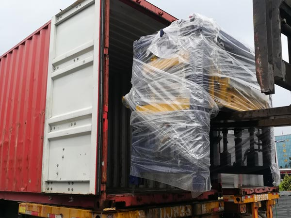 shipment of ABM-8S automatic interlocking block machine