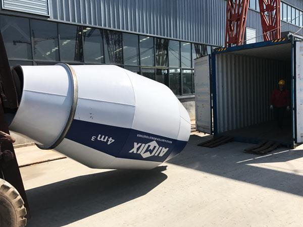 self-loading concrete mixer was sent to Russia