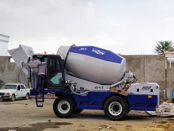 AS-4.0 self loading concrete mixer