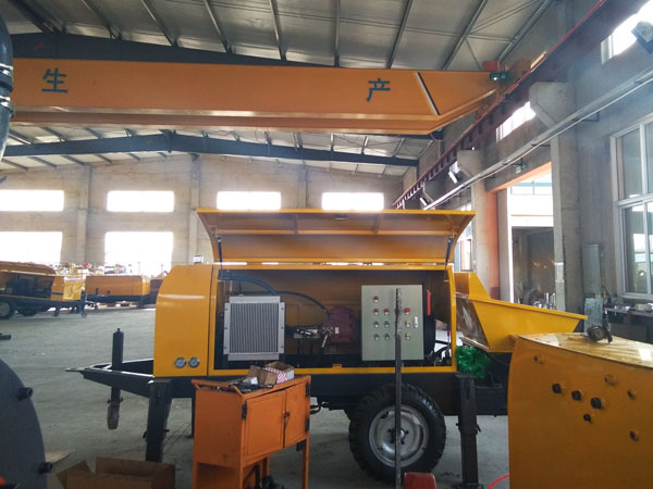 concrete pump in concrete pump manufacturer