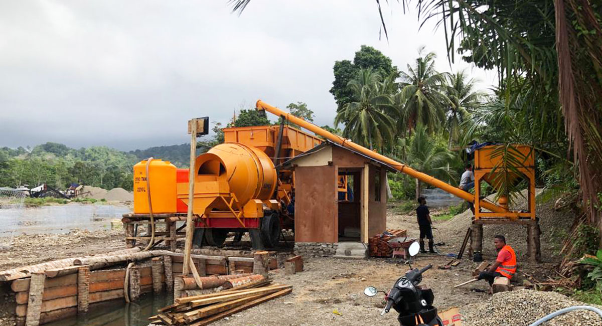 AJT-35 portable concrete mixer batching plant