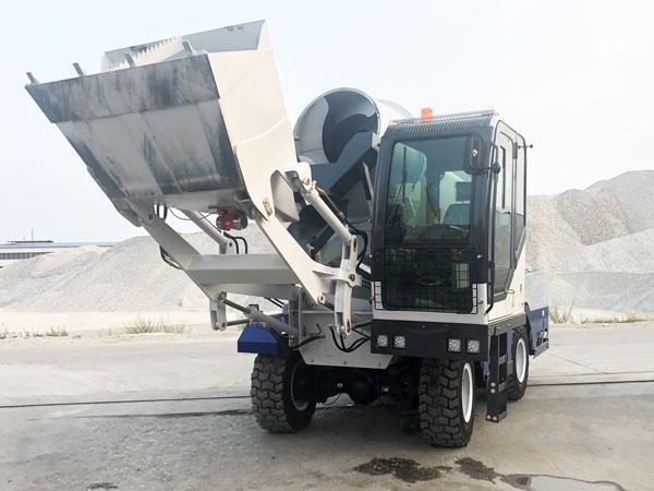 AS-4.0 self loading mobile concrete mixer