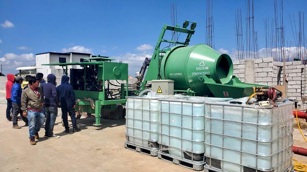 ABJZ40C diesel concrete mixer pump on site