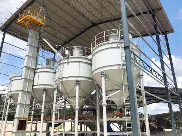 silo de cimento para linha de produção de argamassa na Malásia