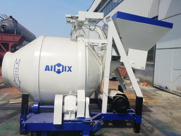JZC500 small mobile concrete mixer to Uzbekistan