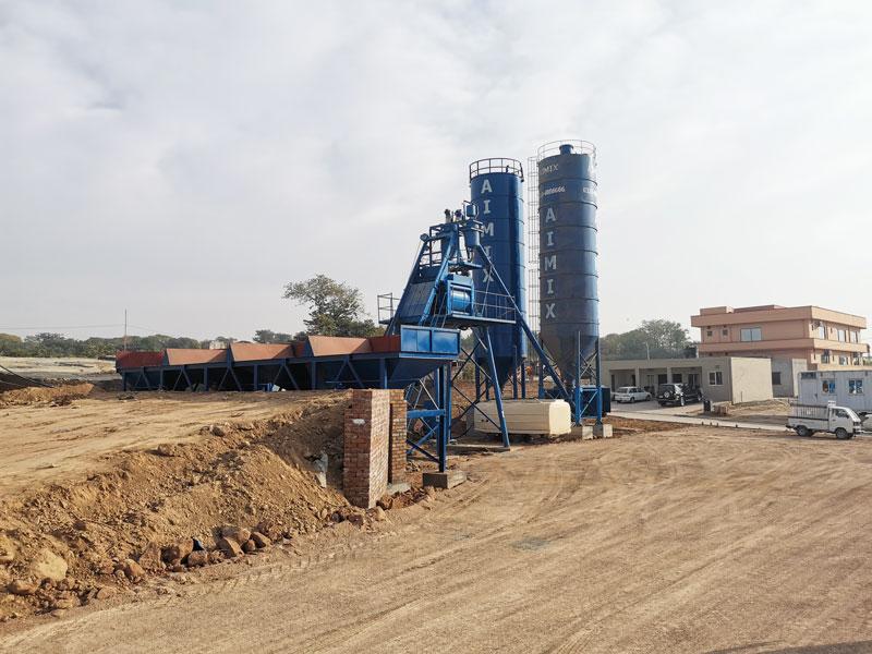 AJ-50 hopper concrete plant in Pakistan